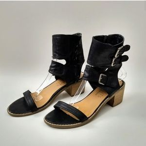 Coconuts Matisse Trudy Black Gladiator Sandals 8